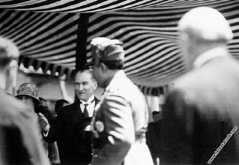 Mustafa Kemal Atatürk'ün Afganistan Kralı Amanulla...