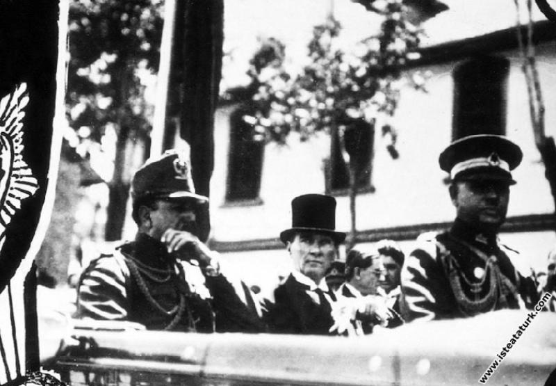 Mustafa Kemal Atatürk Afganistan Kralı Amanullah H...