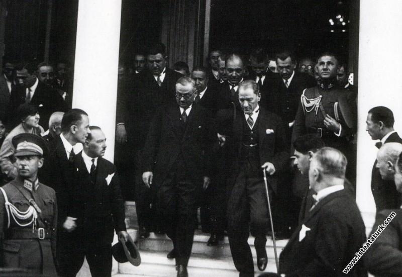 Mustafa Kemal Atatürk Türkiye İş Bankası'nın Yeni ...