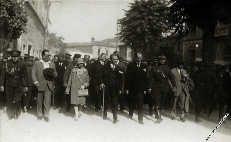 Mustafa Kemal Atatürk'ün Çanakkale'ye gelişi ve Gelibolu Yarım Adası'nı ziyareti. (01.09.1928)