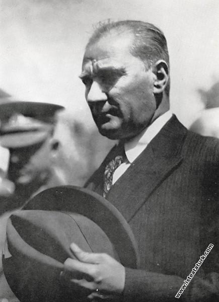 Mustafa Kemal Atatürk Ankara İstasyonu'ndan çıkark...