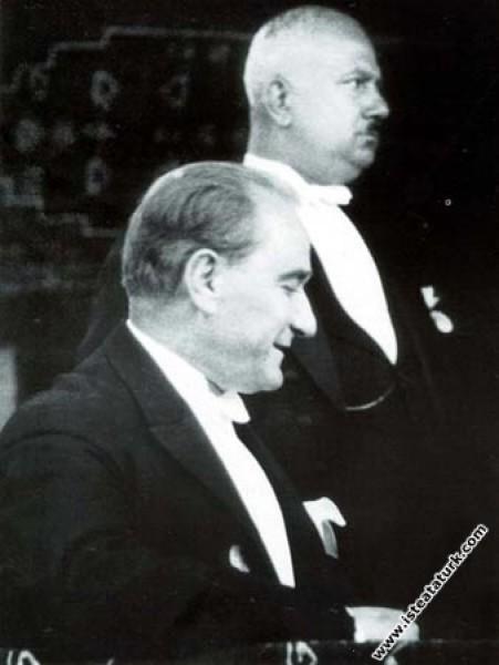 Mustafa Kemal Atatürk Cumhuriyet Bayramı'nda Recep...