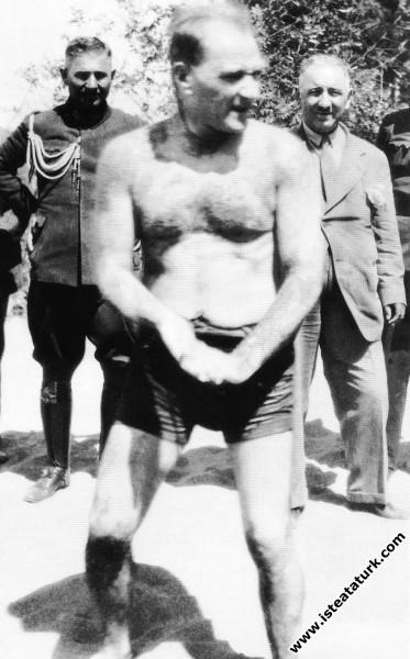 Mustafa Kemal Atatürk Florya'da, İstanbul. (07.07....