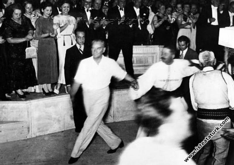 Atatürk'ün Evrensel Kişiliğinde Kültürün Yeri