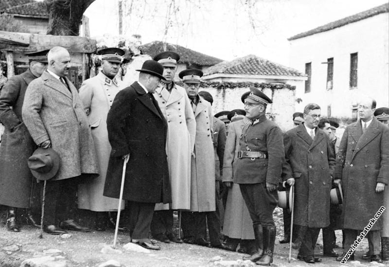 Mustafa Kemal Atatürk İstanbul'da. (10.02.1933)