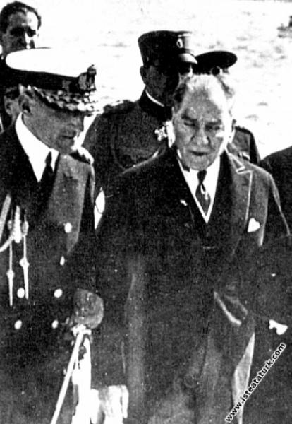 Mustafa Kemal Atatürk Yugoslav Kralı Alexandre ile...