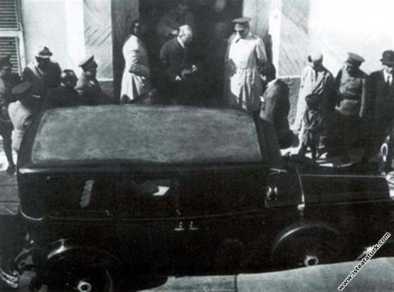Mustafa Kemal Atatürk Antalya'da ağırlandığı bugün...