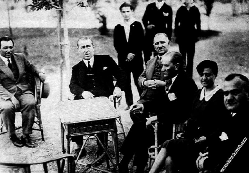 Mustafa Kemal Atatürk Yalova'da Ali Fethi Okyar, K...