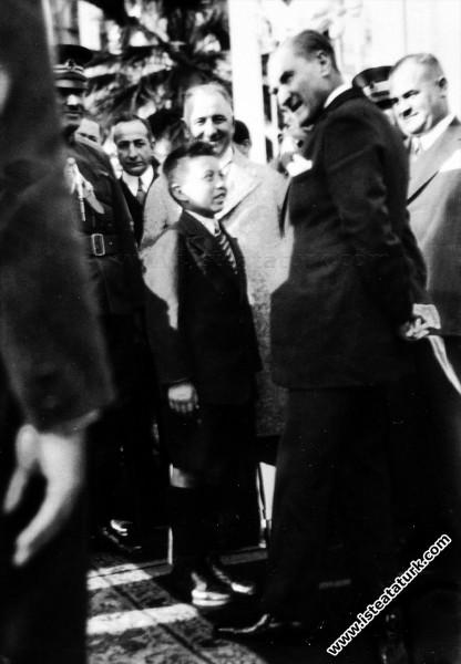 Mustafa Kemal Atatürk Yalova'da tanıyıp himayesine...