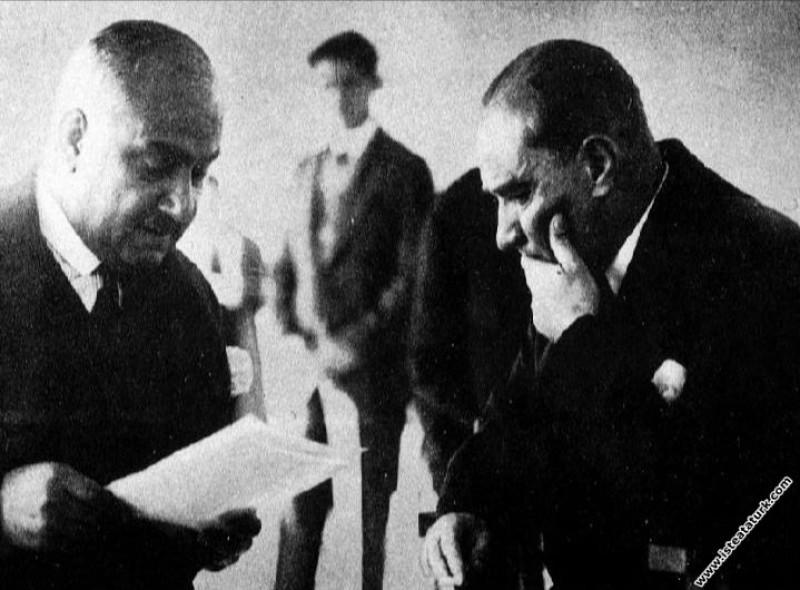 Mustafa Kemal Atatürk Trabzon seyahati dönüşü Ege ...