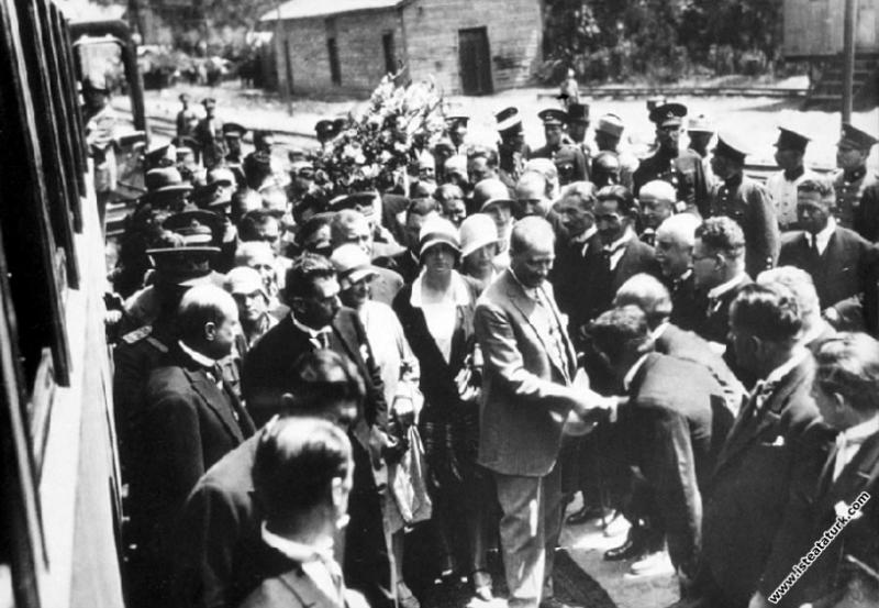 Mustafa Kemal Atatürk'ün İstanbul Pendik İstasyonu...