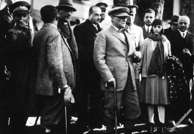 Mustafa Kemal Atatürk Yalova'da Baltacı Çiftliği'n...