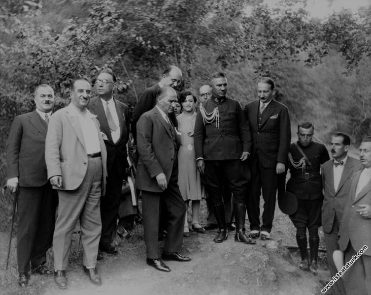 Mustafa Kemal Atatürk Yalova'da Yalova'nın imarını...