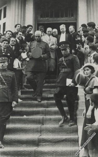 Mustafa Kemal Atatürk İran Şahı Pehlevi ile Bornov...