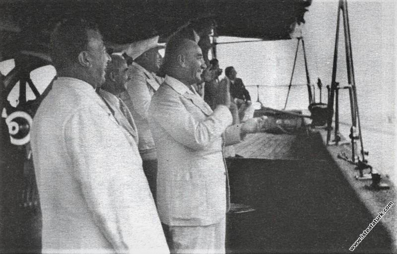 Mustafa Kemal Atatürk Salih Bozok ve İsmet İnönü i...