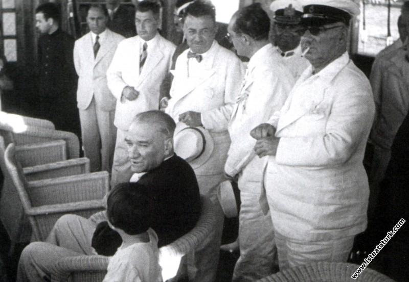 Mustafa Kemal Atatürk Moda Deniz Kulübü'nde, İstan...