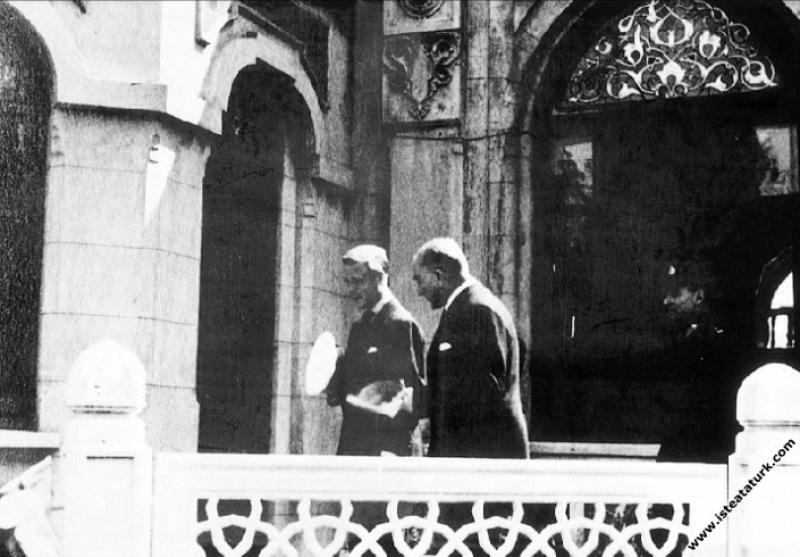 Mustafa Kemal Atatürk'ün İngiltere Kralı VIII. Edv...
