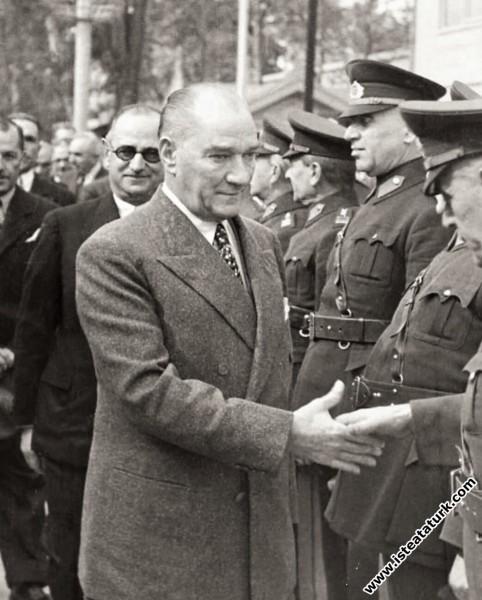 Mustafa Kemal Atatürk'ün İstanbul'dan gelişinde An...
