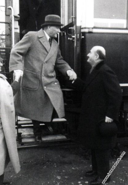 Mustafa Kemal Atatürk Ankara'dan İstanbul'a gelişi...