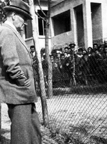 Mustafa Kemal Atatürk Gazi Orman Çiftliği'nde. (02...