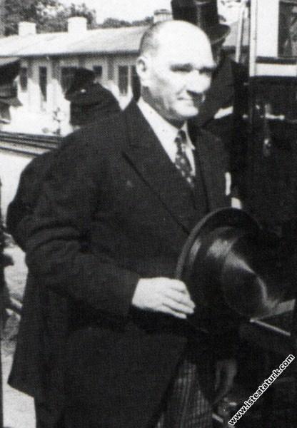 Mustafa Kemal Atatürk'ün İstanbul'da karşılanışı. (05.06.1937)
