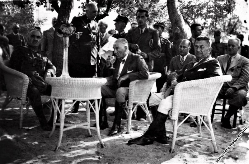 Mustafa Kemal Atatürk Çorlu Çerkezköy yakınlarında...