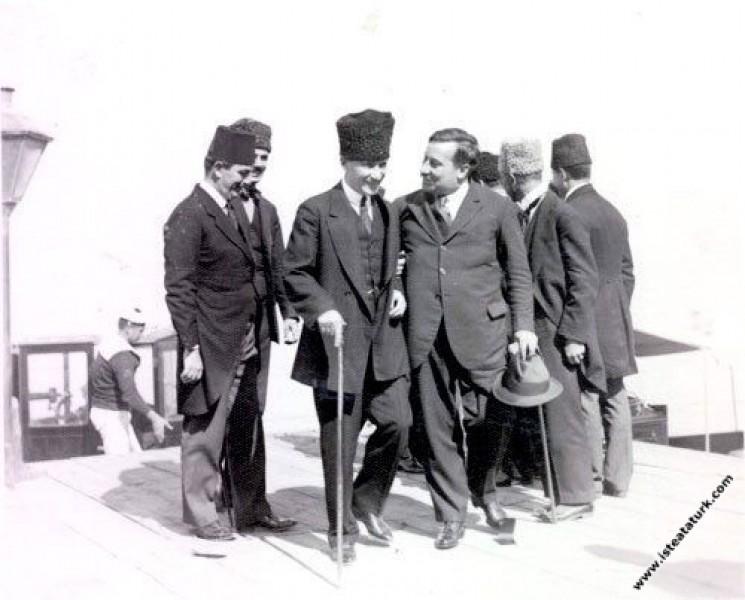 Mustafa Kemal Paşa, Franklin Bouillion'u Göztepe V...