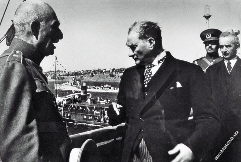 Mustafa Kemal Atatürk,  İran Şah'ı Pehlevi ile İst...