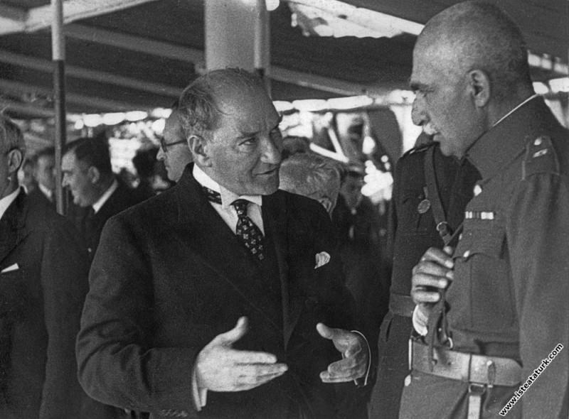Mustafa Kemal Atatürk, Kınalıada Vapuru'nda İran Ş...