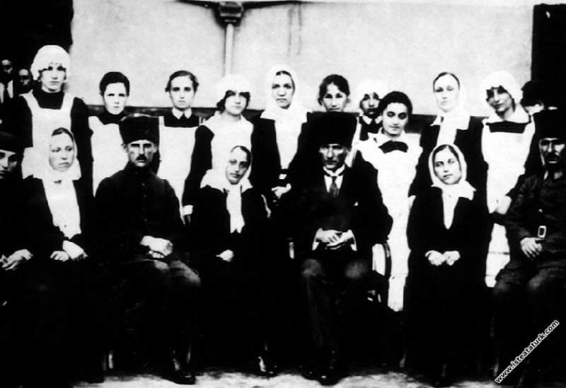 Mustafa Kemal Paşa, Adapazarı Sabiha Hanım Kız Num...