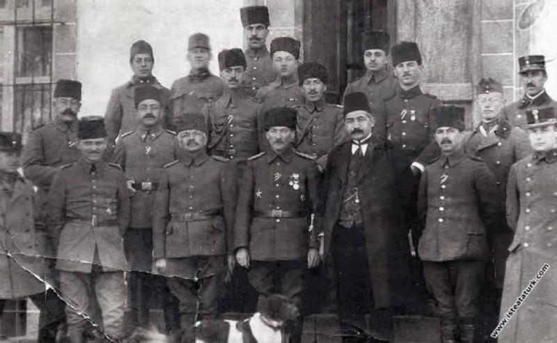 Diyarbakır'da Ordu Kumandan vekili iken karargah ö...