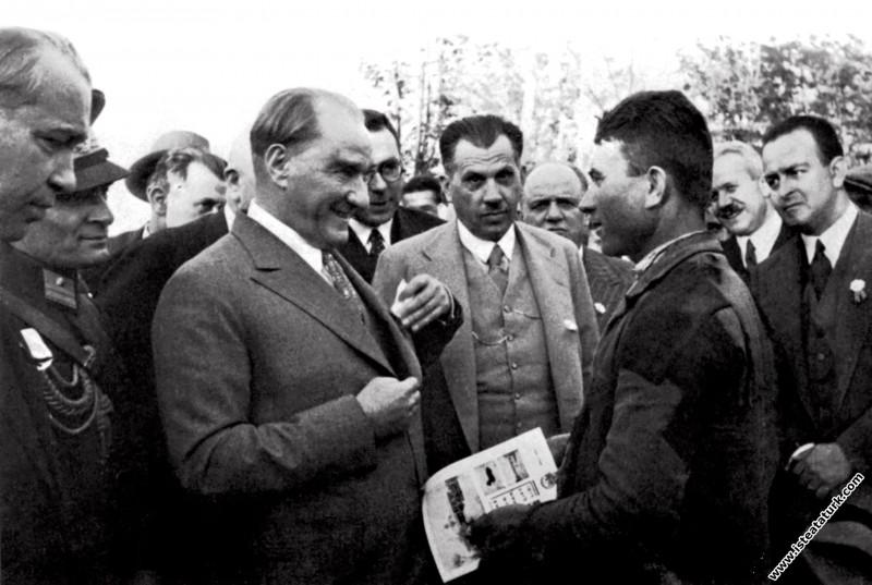 Mustafa Kemal Atatürk Gazi Orman Çiftliği'nde köyl...
