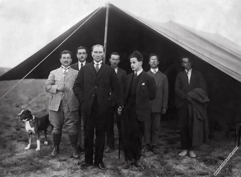 Gazi Orman Çiftliği, Ankara. (17.10.1926)...