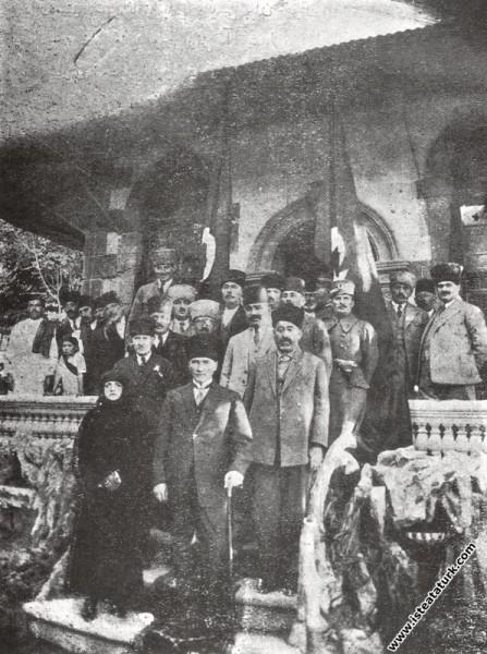 Mustafa Kemal Paşa, Kayseri'de. (14.10.1924)...