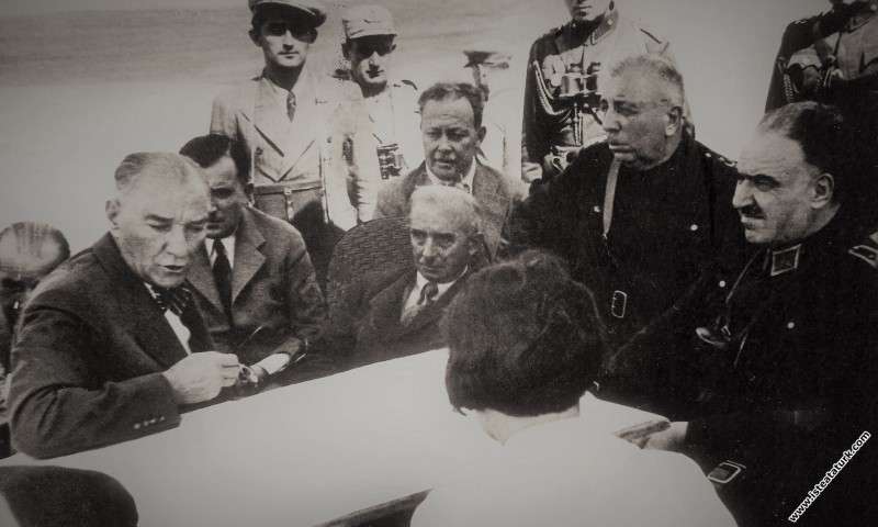 Mustafa Kemal Atatürk , Trakya Manevraları'nda İsm...