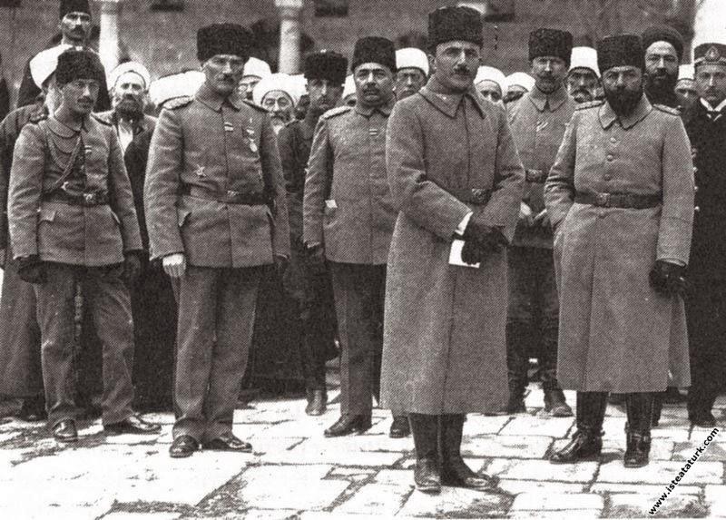 7. Ordu Komutanı Mustafa Kemal Paşa Şam'da iken, c...