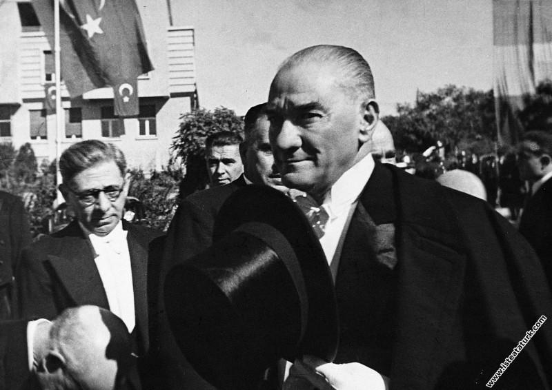 Mustafa Kemal Atatürk Cumhuriyet Bayramı kutlamala...