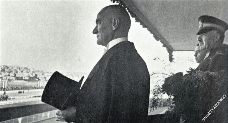 Mustafa Kemal Atatürk, Cumhuriyet Bayramı törenler...