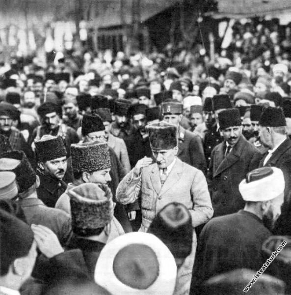 Mustafa Kemal Eskişehir'de. (15.01.1923)