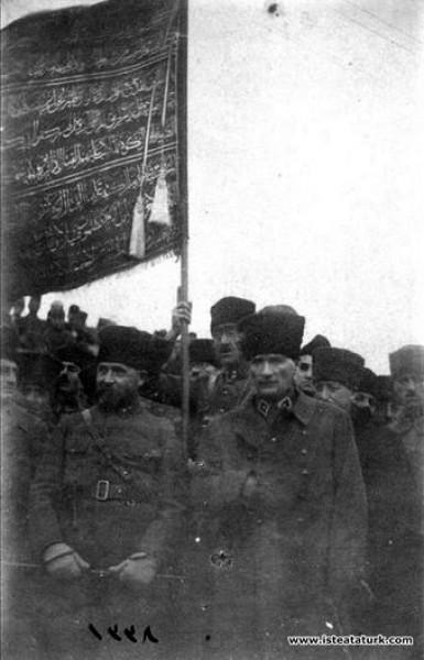 Başkomutan Mustafa Kemal, İzmit Yarımca'da İkinci ...