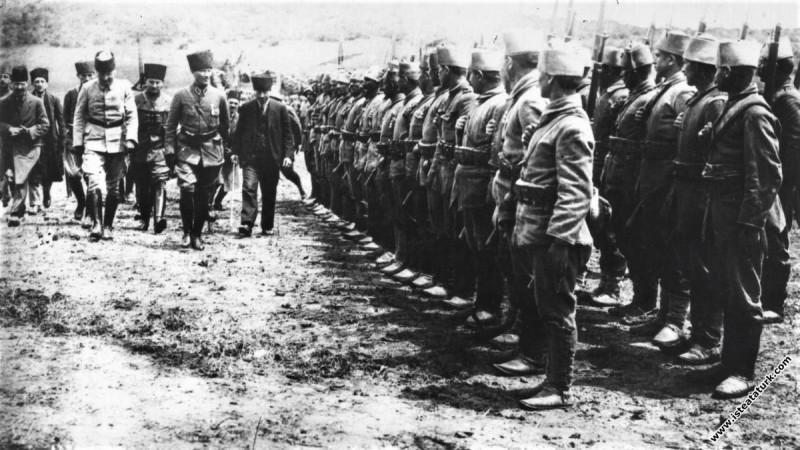 Mustafa Kemal Paşa Büyük Taarruz öncesi Geyve Boğa...