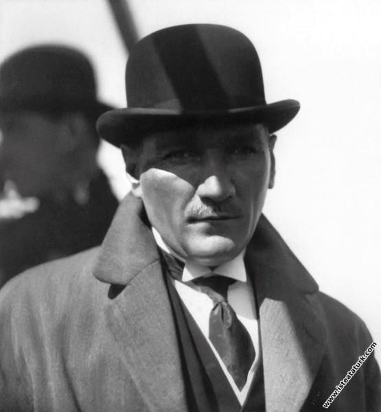 Gazi Mustafa Kemal, Bursa gezisinde, Reşit Paşa Va...