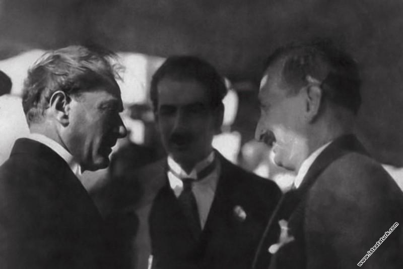Gazi Mustafa Kemal Bursa gezisinde, Reşit Paşa Vap...
