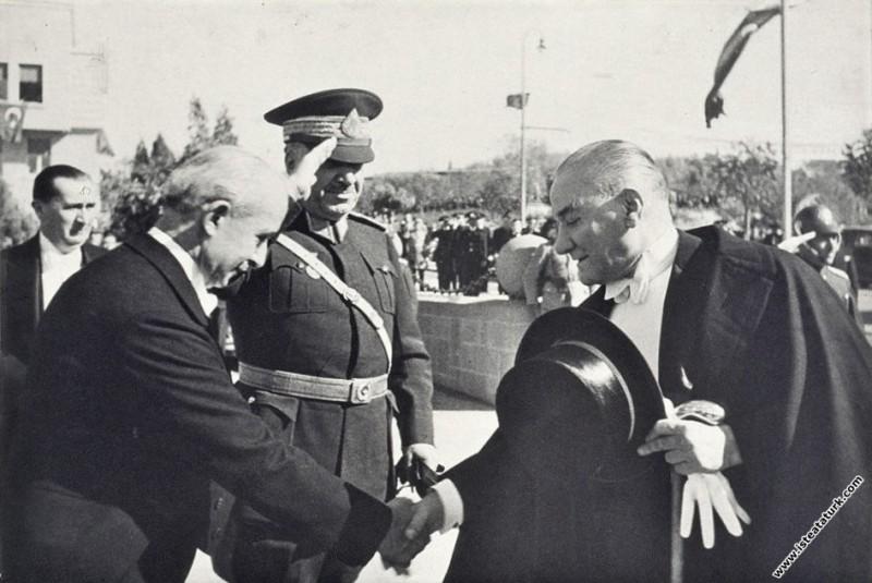 Mustafa Kemal Atatürk'ün, Cumhuriyet Bayramı kutla...