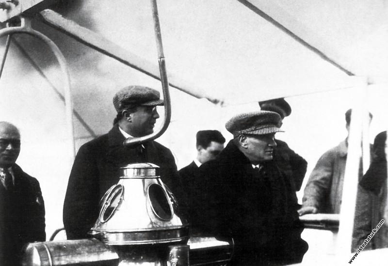 Mustafa Kemal Atatürk Ege Vapuru'nda, Fethiye kıyı...