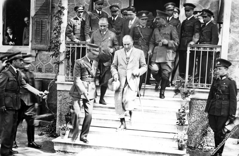 Mustafa Kemal Atatürk'ün Reşadiye Tayyare Alay ...