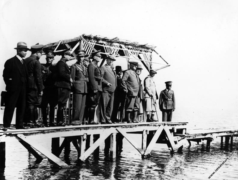 Mustafa Kemal Atatürk Reşadiye Tayyare Alay Kara...