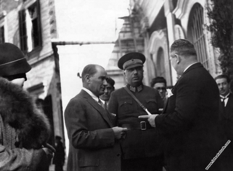 Mustafa Kemal Atatürk Antalya'ya hareketinden önce...