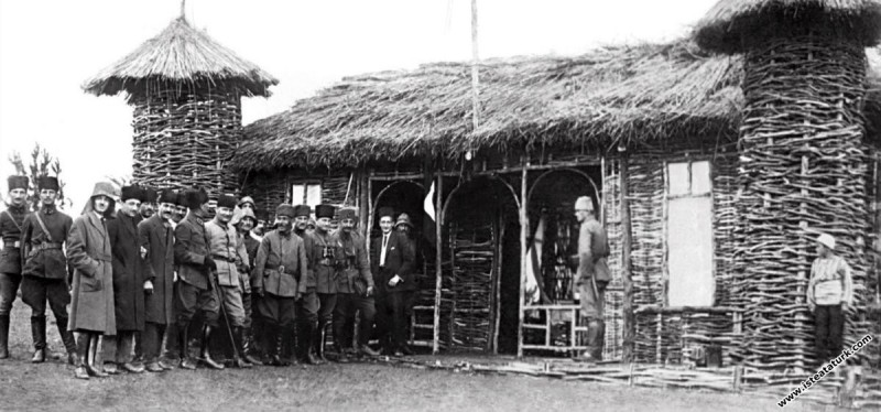 Mustafa Kemal Paşa Halit Bey Karargahı'nda, Karaçam. (17.06.1922)